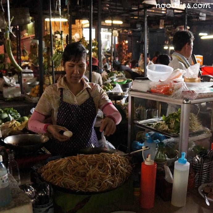 fried noodles russian market phnom penh cambodia