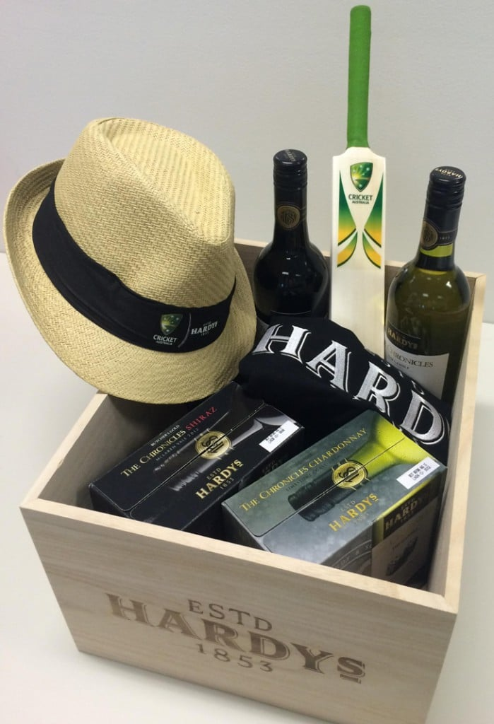 Hardy's wine cricket gift pack
