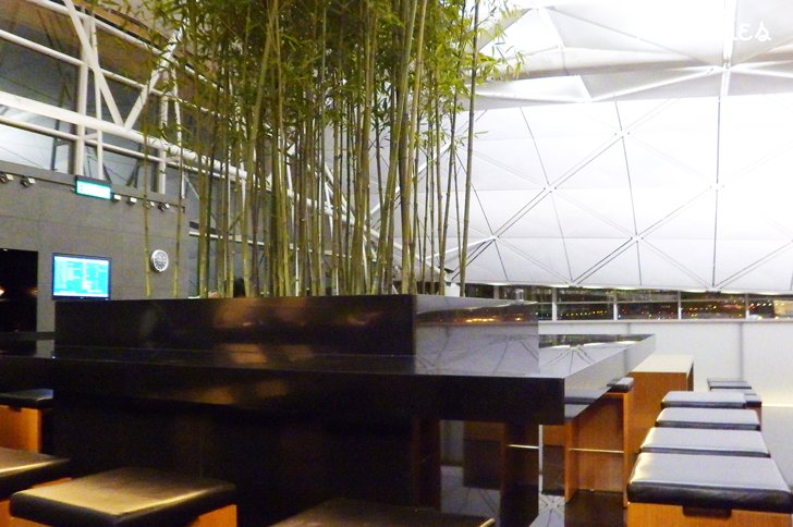 the noodle bar, the wing, cathay pacific hong kong